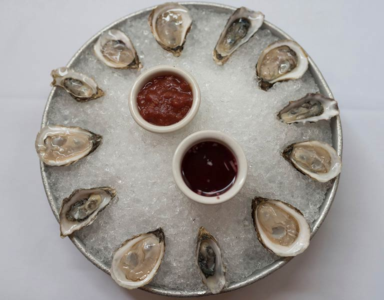 Pacific and Atlantic Oysters