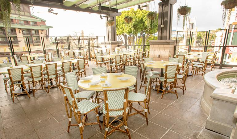 Cocktail reception private event space in Anaheim, CA at Naples Ristorante E Bar