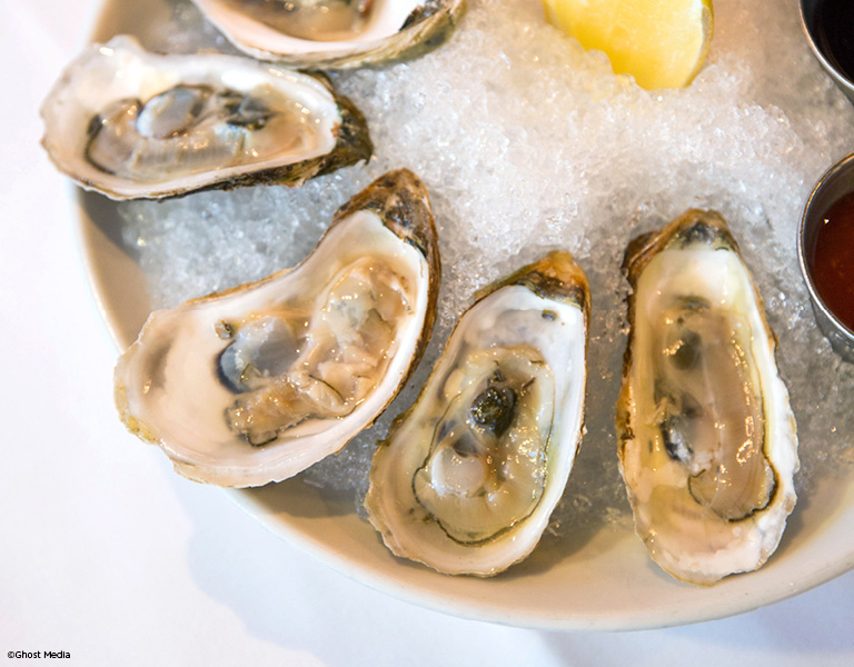 Oysters, best steakhouses in NYC