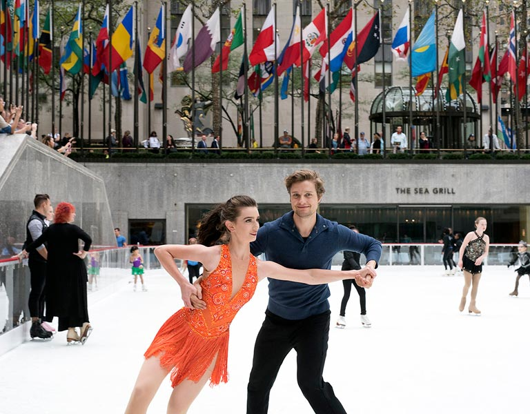 Couple Skating, Ice Rink at Rockefeller Center, NYC