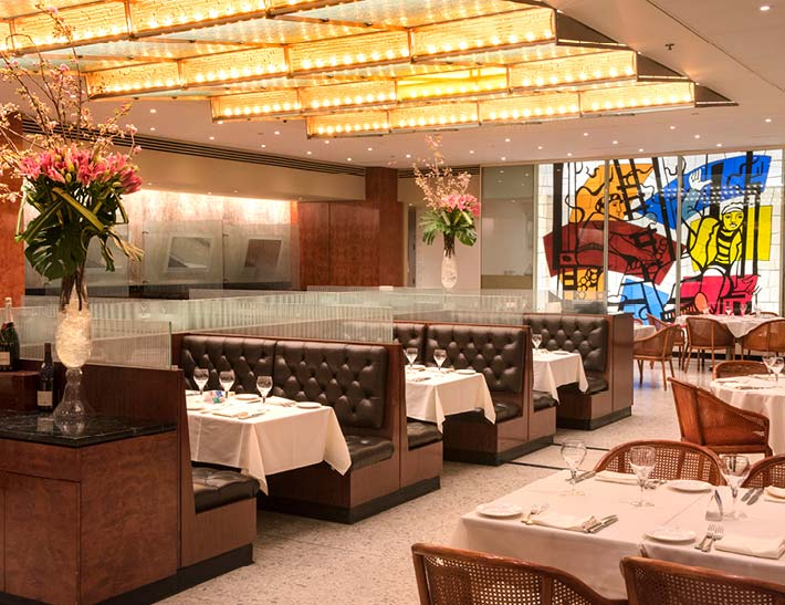 Brasserie 8.5 dining room interior, New York City Restaurant for Thanksgiving
